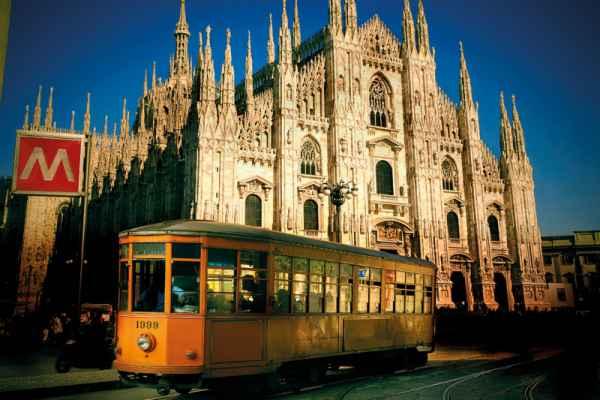 Carta da parati Milano, Duomo e Tram