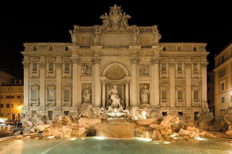 Carta da parati roma fontana di trevi night for Carta da parati roma