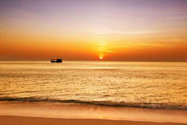 Carta da parati Tramonto tropicale con barca